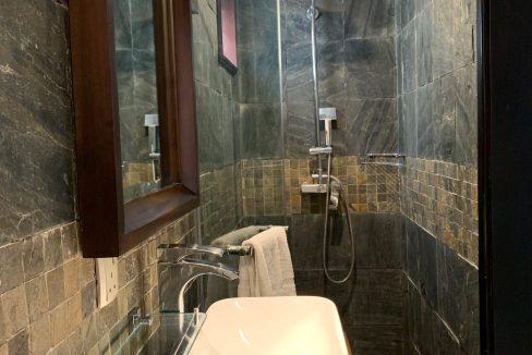 Appartement de 3 chambres pied dans l'eau à vendre Trou d'Eau Douce64