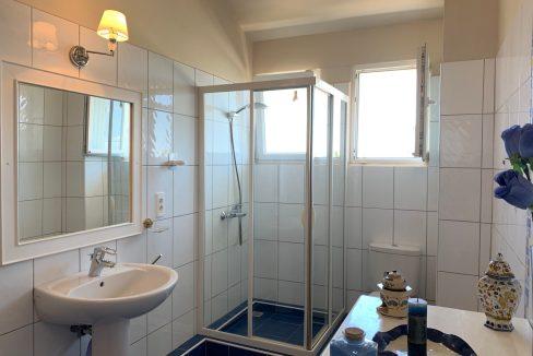 Jolie villa sécurisée avec vue sur mer et les îles du Nord à Calodyne27