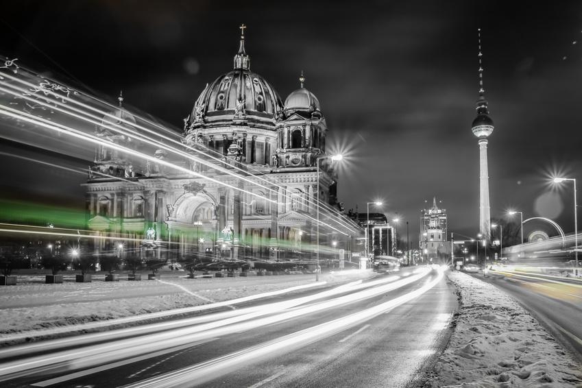 Berlin bei Nacht - IMMOFIX Immobilienmakler Berlin