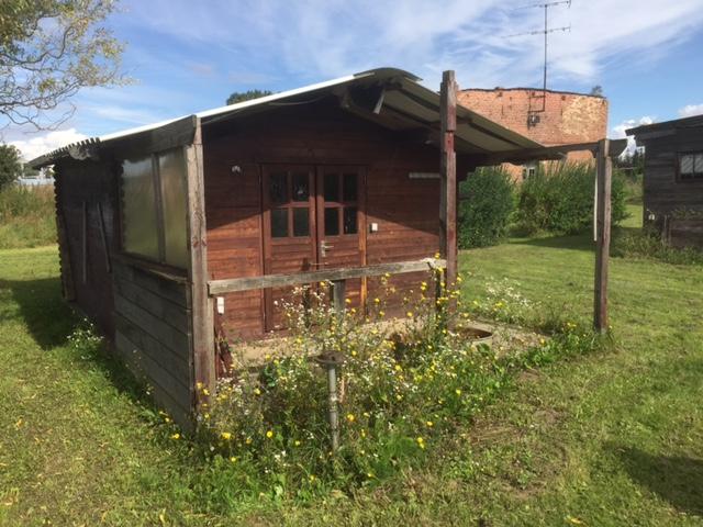 Gartenhaus - Baugrundstück in Brandenburg-Rathstock - IMMOFIX Berlin®