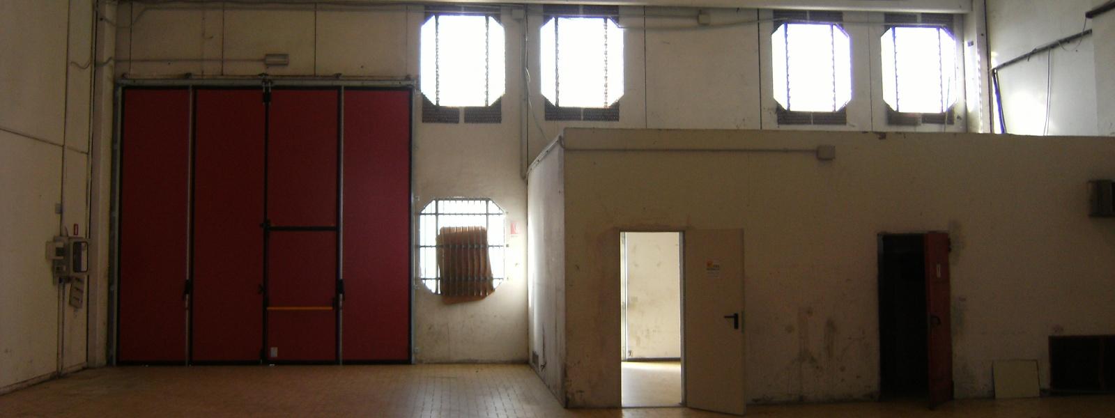 2 BagniBagni,Capannone Industriale,1067