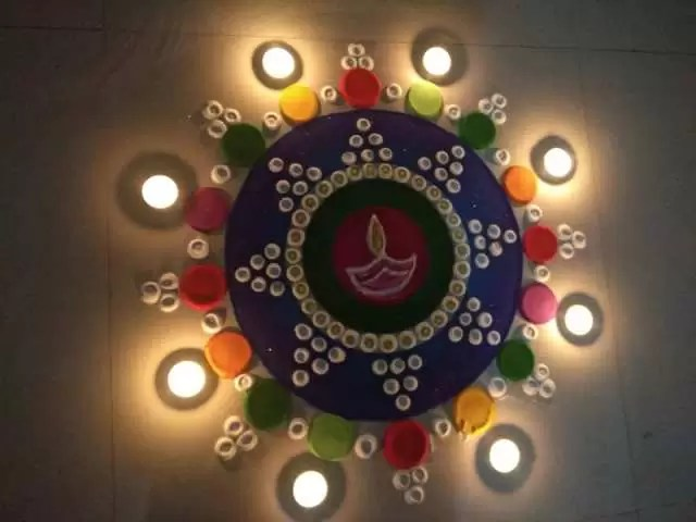 20 Diwali Rangoli Designs Which Are Simple To Make For Beginners