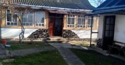 Casa Batraneasca in Zona Maritei