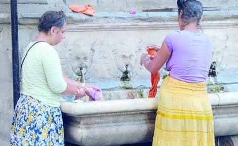 Risultati immagini per rom doccia