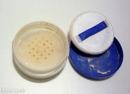 pudra pulbere rimmel match perfection (1)