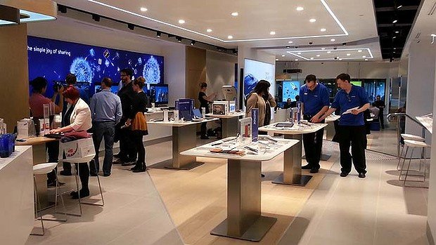 Samsung Opens Its Flagship Electronics Store In Sydney
