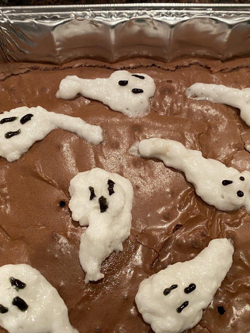 Marshmallow Ghost Brownies