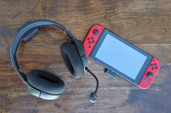 Nintendo headphone switch