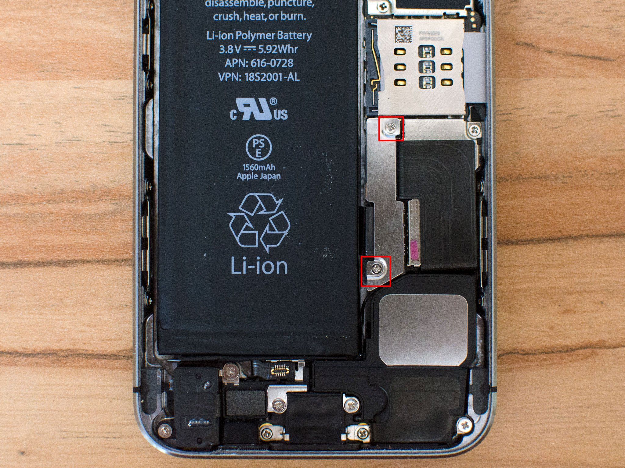 iphone_5s_battery_removal_step_1_hero?resize=665%2C499&ssl=1 iphone headphone remote wiring diagram the best wiring diagram 2017 iphone remote wiring diagram at alyssarenee.co
