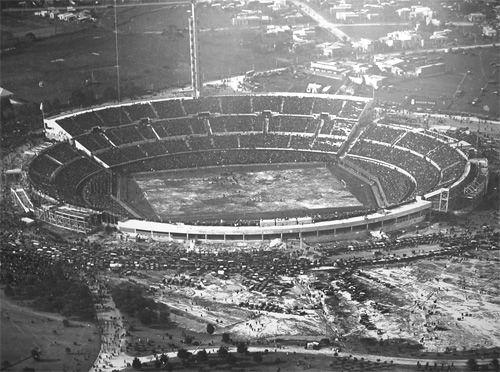 1930 EstadioCentenarioByN(500)