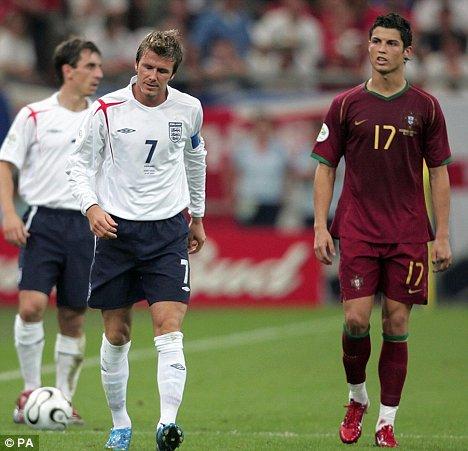Beckham e Cristiano Ronaldo: no confronto entre os dois na Copa de 2006, melhor para o português.