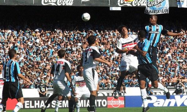 Depois de um início capenga, o Grêmio se encontrou e conseguiu embalar rumo ao quadrangular final da Série B de 2005.