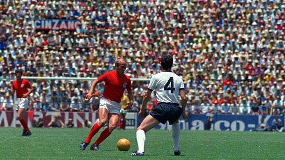 No duelo contra Beckenbauer em 1970, melhor para o alemão.