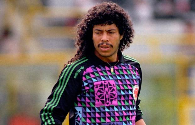 René Higuita: emblemático goleiro dos anos 80 e 90.