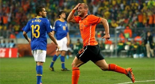 Se em 1998 o carequinha da vez era Ronaldo, em 2010 foi a vez de Sneijder.