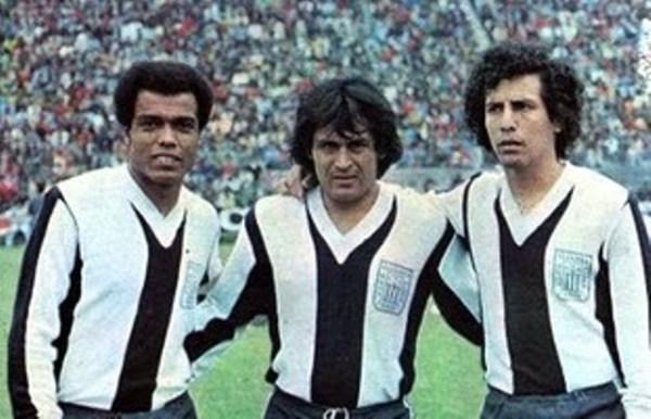 Cubillas, Sotil e Cueto: expoentes do Alianza Lima de 1978.