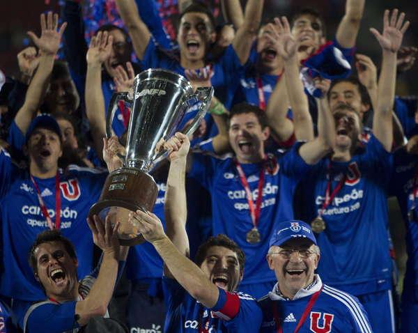 Chile-celebro-titulo-trasandino_OLEIMA20110613_0076_15