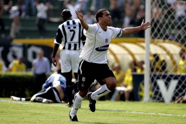 Jogos Eternos – Corinthians 7×1 Santos 2005