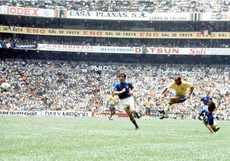 Contra a Itália, Gérson marcou o golaço que recolocou o Brasil na luta pelo título.