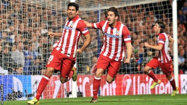 Contra o Chelsea, Diego Costa (à esq.) deixou sua marca e ajudou o Atlético a se classificar para uma decisão de Liga após 40 anos.