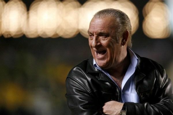 Alfio Basile: técnico iniciou, em 2005, uma nova era fantástica em La Bombonera.