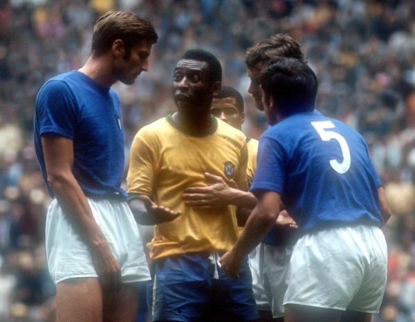 Facchetti, Pelé e Burgnich.