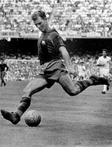 Kubala: para muitos da velha guarda do Barça, o melhor jogador da história do clube.