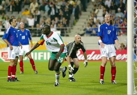 SENEGAL'S DIOP CELEBRATES AFTER GOAL AGAINST FRANCE AT WORLD  CUP FINALS IN SEOUL