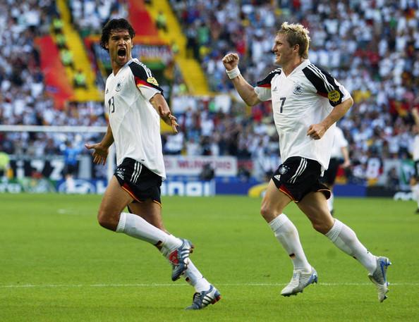 Ballack e Schweinsteiger, em 2004.