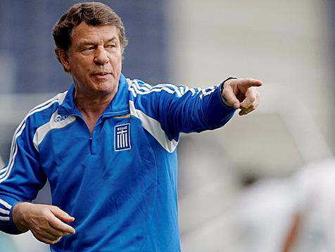 Otto Rehhagel, técnico da Grécia naquela era de ouro.