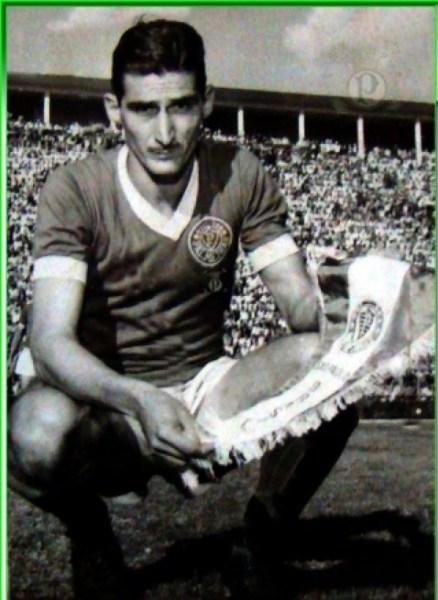 big_julio-botelho-julinho-palestrinos-manchete-esportiva-1958-03