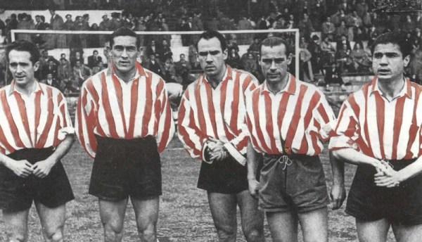 "A ""segunda delantera"": Iriondo, Venancio, Zarra, Panizo e Gaínza."