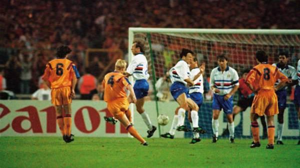 O gol de Koeman em Wembley tem lugar especial no coração de todo barcelonista.