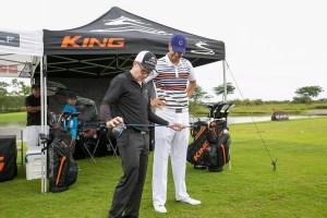 Pro Golfer Giving Advice