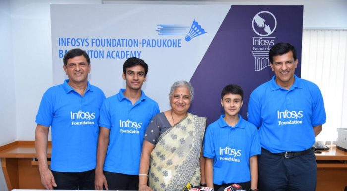 Mr. Prakash Padukone - Founder, Prakash Padukone Badminton Academy, Kiran George – athlete from PPBA, Mrs. Sudha Murty - Infosys Foundation Chairperson, Mansa Rawat - athlete from PPBA, and Mr. Vimal Kumar - Co-Founder and Chief Coach, Prakash Padukone Badminton Academy at the signing of the MoU of Infosys Foundation and Prakash Padukone Badminton Academy partnership