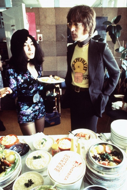 Lennon and Ono celebrating her book Grapefruit in 1971 photo by Gijsbert HanekrootRedferns