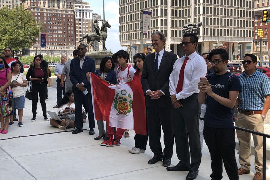 La comunidad peruana celebra su bicentenario 4