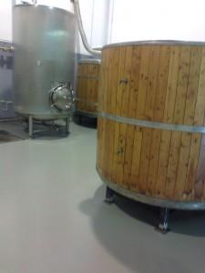 acabat paviment autonivellant industria alimentaria cervesera impapolresin catalunya
