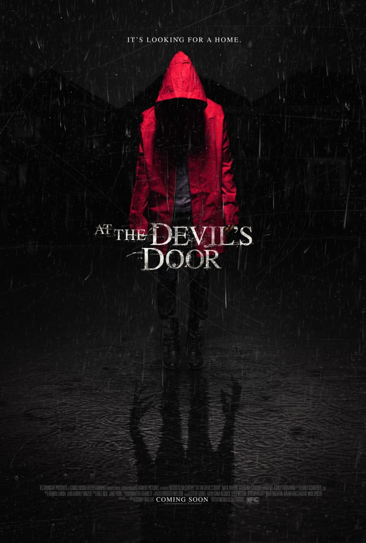 Poster do filme At the Devils Door