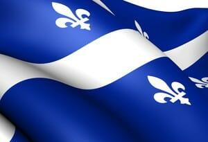 Drapeau du Québec au vent