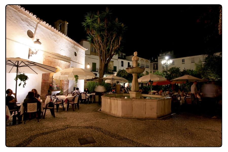 Málaga, Marbella - Fuente Plaza de los Naranjos / © Ente Spagnolo del Turismo - Turespaña