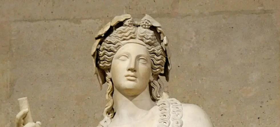 Estatua del dios Dionisio.