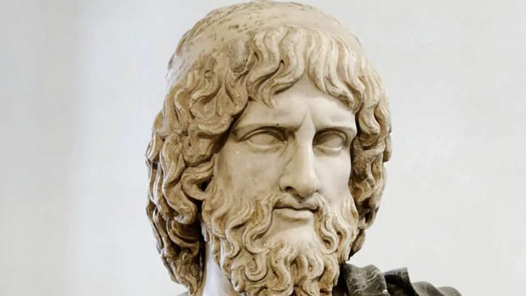 Busto de Hades o Plutón para los romanos. El señor del inframundo.