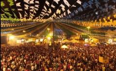 I1-IMPRENSA1-FORRO CAJU-CASAL-CASAL DE FORRO- DANÇANDO FORRO- DANCARINOS- FORROZEIROS-FORRO CAJU -PUBLICO-FESTA-FESTA JUNINA-