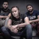 "Andragonia: assista novo clipe ""Smell of January"""