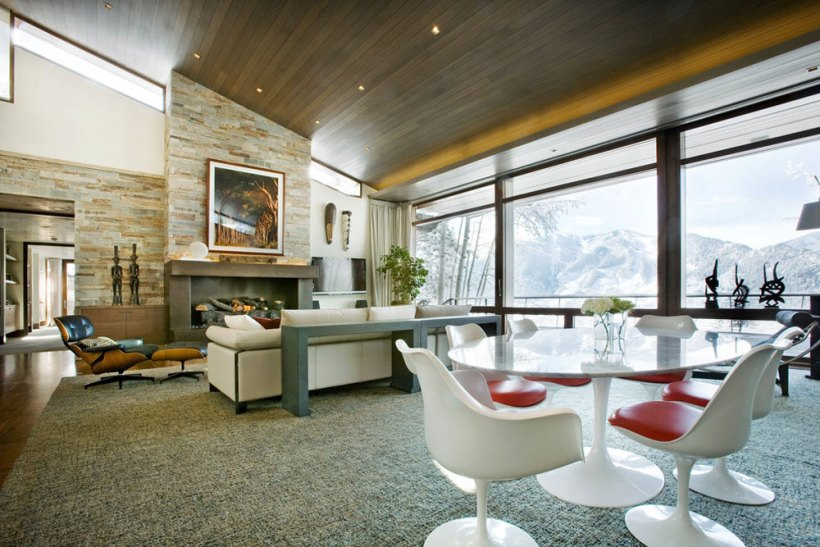 Inclined Ceiling How To Decorate Rooms With Slanted