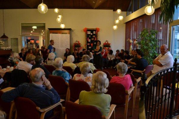 ImproBattle speelt een voorstelling in verzorgingstehuis ABC De Stouwe in Meppel
