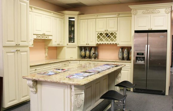 Full kitchen design, cabinets installation, hardwood and tiles floors, countertops