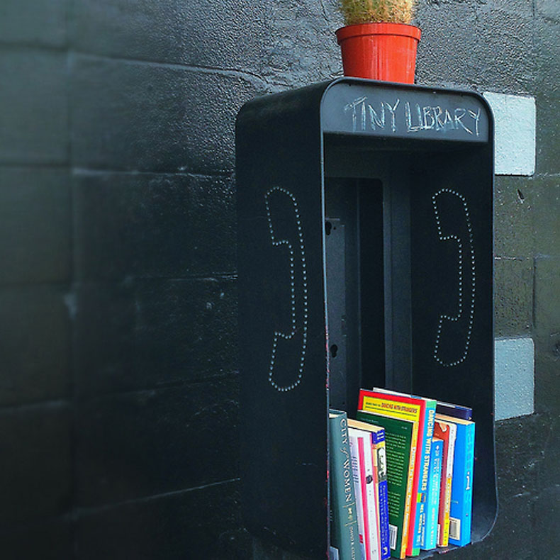 Littel Free Library in a pay phone