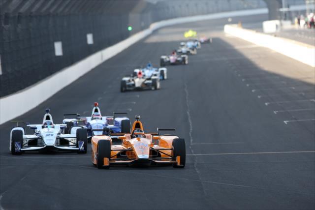 Alonso es el segundo piloto con más vueltas acumuladas en la semana (FOTO: Joe Skibinski/INDYCAR)
